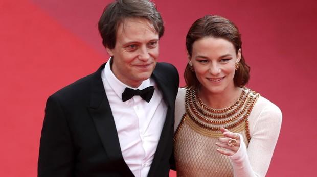 August Diehl y Valerie Pachner, actores de «A hidden life»
