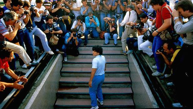 Cartel de Maradona, el documental del astro dirigido por el oscarizado Asif Kapadia