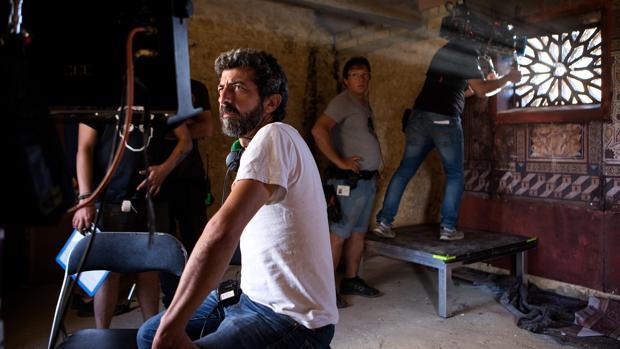 Alberto Rodríguez durante el rodaje de la primera temporada