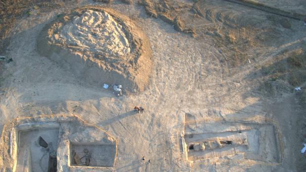 Un incendio ocurrido el pasado sábado en la parcela del dolmen de Montelirio ha reavivado las demandas sobre su recuperación