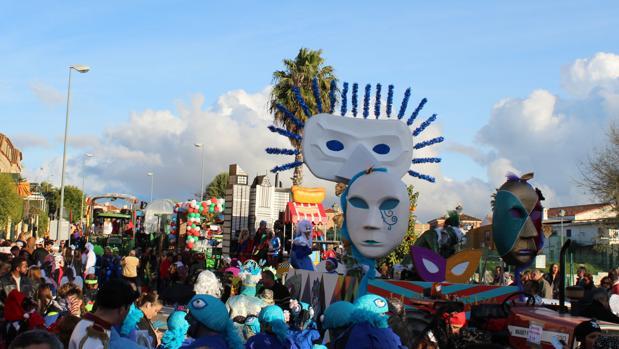 Pasacalles del carnaval de Gines