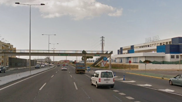 Un conductor ha fallecido al chocar contra el quitamiedos de la A-92 a su paso por Alcalá