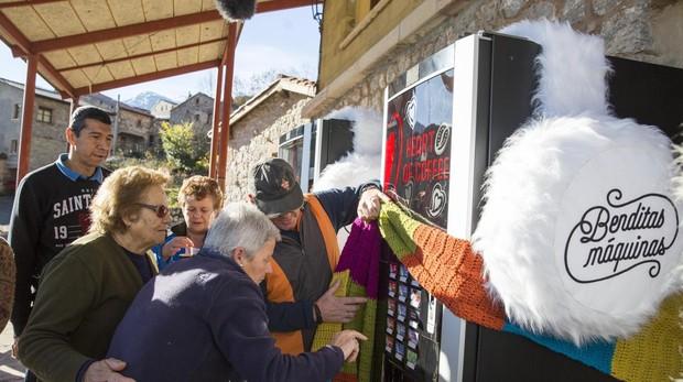 Sólo la Comunitat Valenciana, la Comunidad de la Región de Murcia y la Comunidad Foral de Navarra han prohibido la venta de alimentos y bebidas no saludables en centros escolares o sanitarios