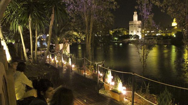 Diez Terrazas De Sevilla Donde Tomar Una Copa