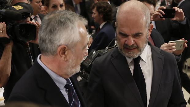 Los expresidente de la Junta José Antonio Griñán y Manuel Chaves