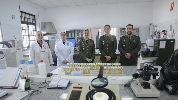Camen Bernardez-Cerpa, Carmen Martín González, Ángeles Diego Martín, Adoración Rosales Martínez y Jose Carlos Fernández Moles