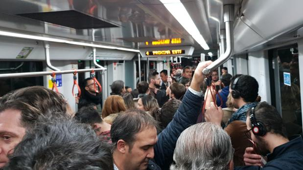 Metro durante los servicios mínimos