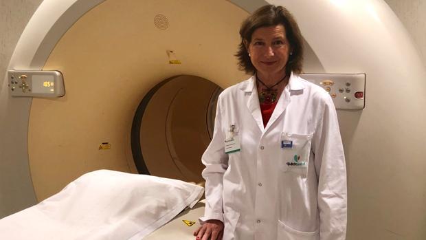 Doctora Blanca González-Gaggero, jefa de la unidad de Medicina Nuclear y PET-TAC del Quirónsalud Infanta Luisa, donde se llevan a cabo los estudios de PET-TAC de glucosa y beta amiloide a los pacientes participantes del proyecto.