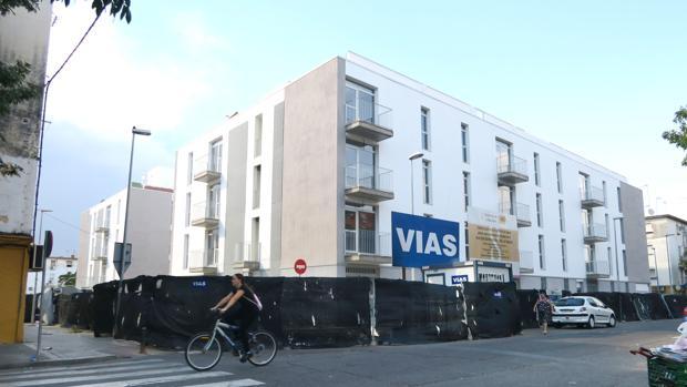 Las nuevos bloques de viviendas construidos en Los Pajaritos