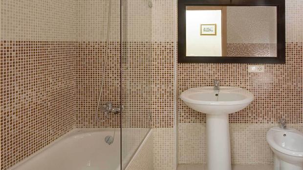 El condenado grabó a su pareja y las dos hijas de ésta en el baño de su vivienda