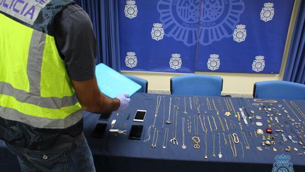 Objetos recuperados en esta operación policial