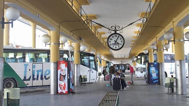 Estación de autobuses de El Prado de San Sebastián, Sevilla