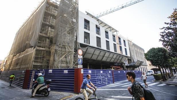 El hotel que se construye en la plaza de la Magdalena
