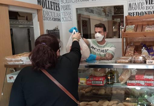 Antonio Colchero Vázquez, panadero de Mairena del Aljarafe