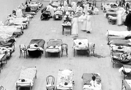 Enfermos de gripe española en un barracón