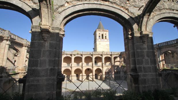 Sevilla proyecta una red de museos en 30 edificios municipales