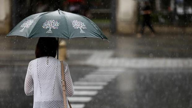 Tiempo en Sevilla: el otoño entra con avisos por lluvias y tormentas