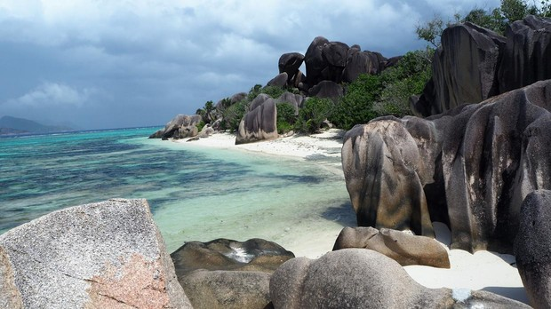 La playa de Anse Source, en la Digue (Seychelles)